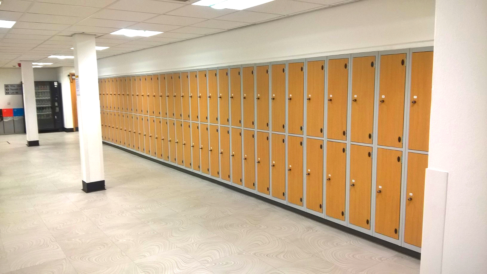 Lockers2 - Copy